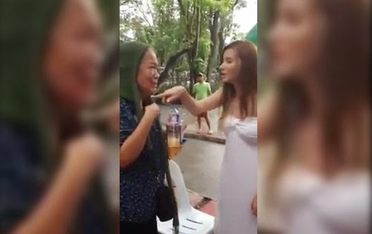 [Video]The truth why Jackie Rice shout at an old woman fan