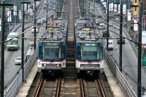 MRT-3 Offers Free Rides to People on Independence Day