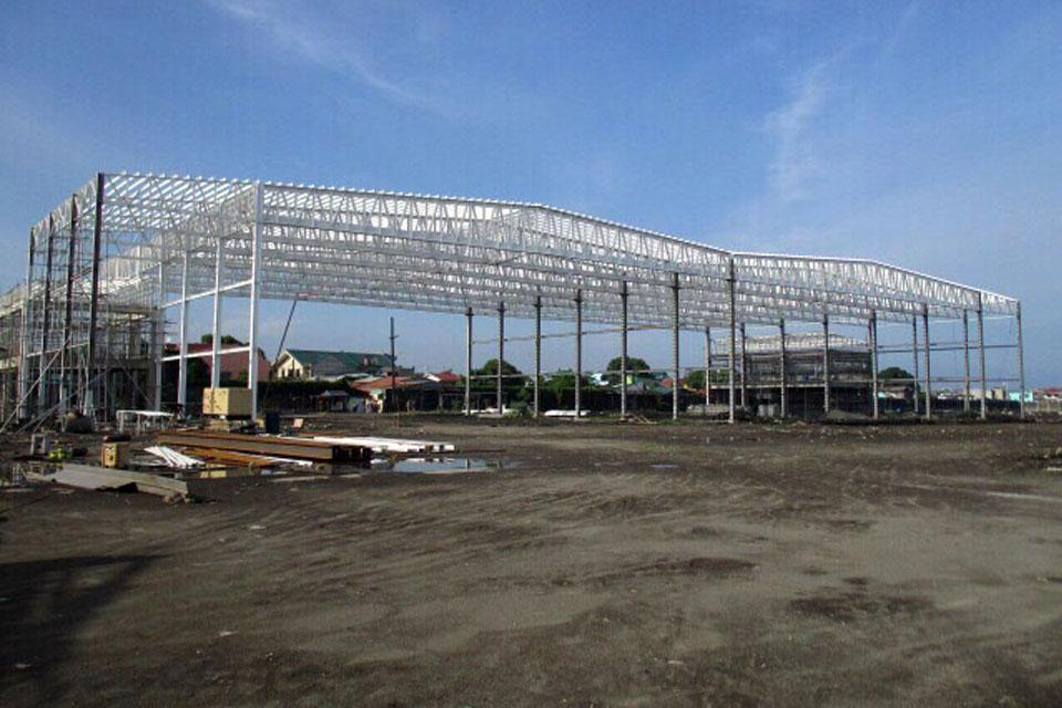Tugade orders a round-the-clock work for the Sangley Airport