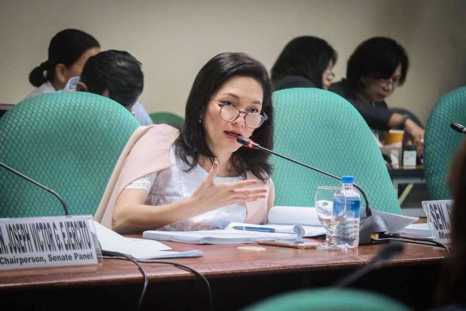 Hire Filipinos First, Called on by Hontiveros