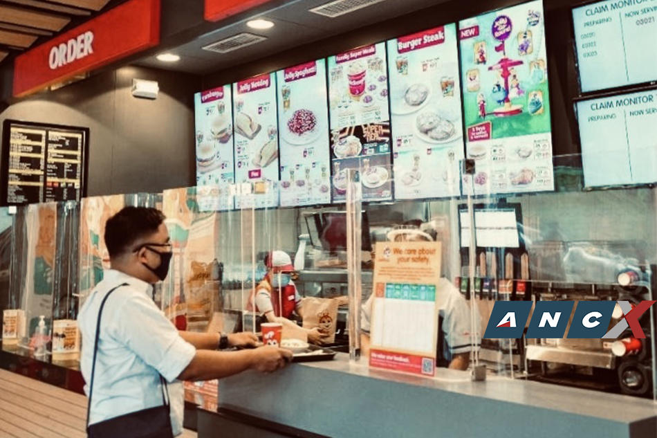 Jollibee Corporation Closes 255 Storse