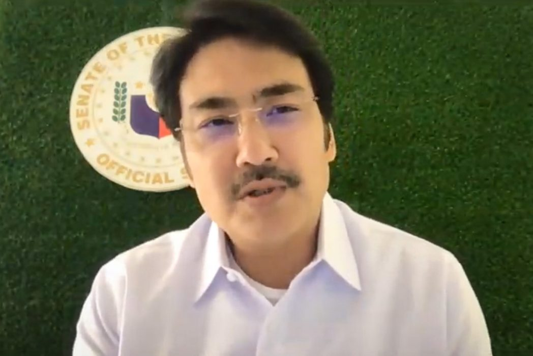 Senator Revilla to Give 1,000 Students Free Tablets for their Online Learning